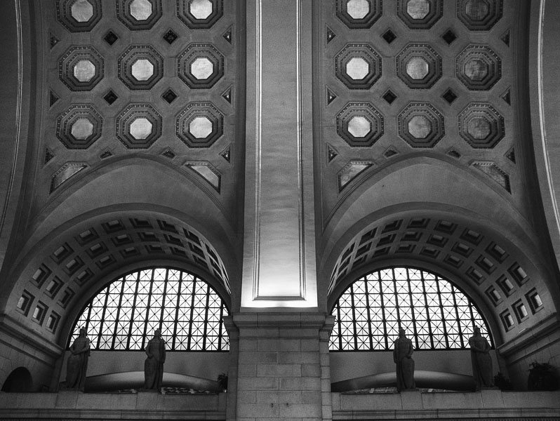 Union Station, Washington, DC : monochrom : TIMOTHY FLOYD PHOTOGRAPHER, NATURE PHOTOGRAPHY, PHOTO ESSAYS, PHOTOJOURNALISM