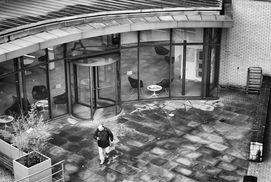 Leaving an Office Building, York : monochrom : TIMOTHY FLOYD PHOTOGRAPHER, NATURE PHOTOGRAPHY, PHOTO ESSAYS, PHOTOJOURNALISM