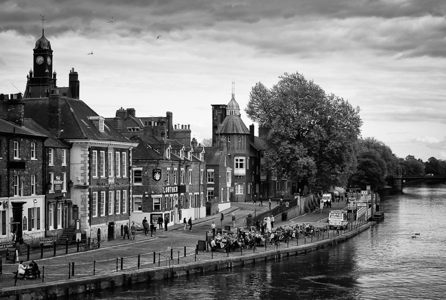 River Ouse, York : monochrom : TIMOTHY FLOYD PHOTOGRAPHER, NATURE PHOTOGRAPHY, PHOTO ESSAYS, PHOTOJOURNALISM