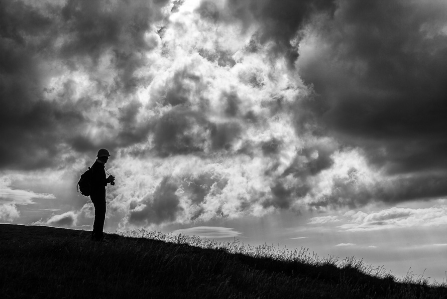 Photographer on Salisbury Crags, Edinburgh : monochrom : TIMOTHY FLOYD PHOTOGRAPHER, NATURE PHOTOGRAPHY, PHOTO ESSAYS, PHOTOJOURNALISM
