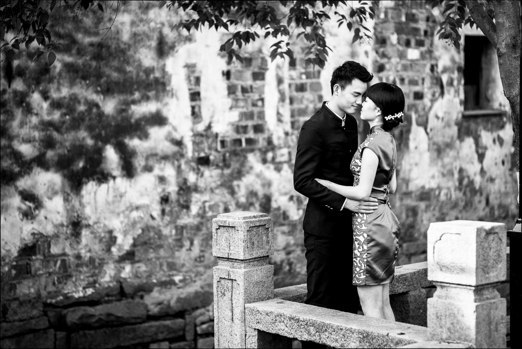 Betrothal, Suzhou : street & stories : TIMOTHY FLOYD PHOTOGRAPHER, NATURE PHOTOGRAPHY, PHOTO ESSAYS, PHOTOJOURNALISM