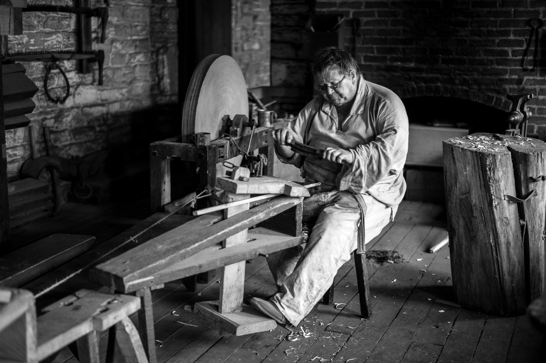 Spindle Maker, Ft. Snelling, Minnesota : street & stories : TIMOTHY FLOYD PHOTOGRAPHER, NATURE PHOTOGRAPHY, PHOTO ESSAYS, PHOTOJOURNALISM
