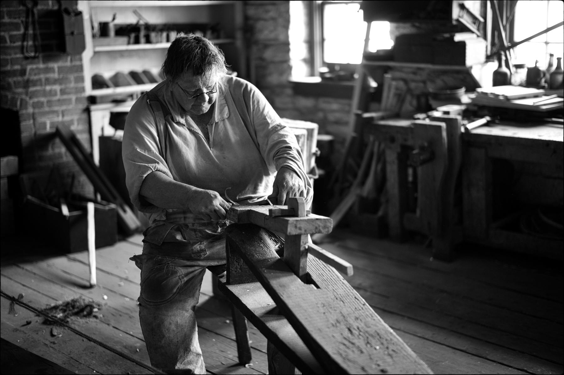 Spindle Maker, Ft. Snelling : street & stories : TIMOTHY FLOYD PHOTOGRAPHER, NATURE PHOTOGRAPHY, PHOTO ESSAYS, PHOTOJOURNALISM