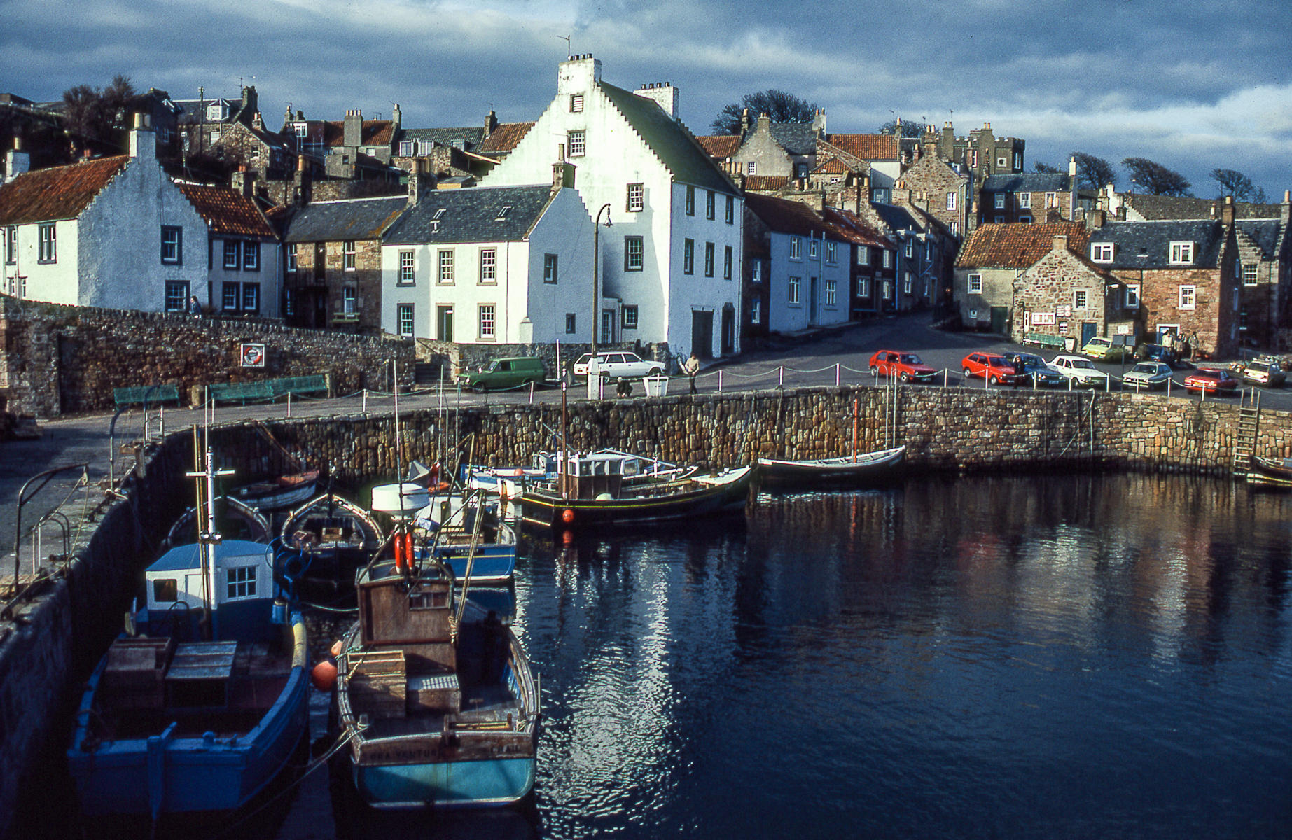 Arbroath, Scotland : street & stories : TIMOTHY FLOYD PHOTOGRAPHER, NATURE PHOTOGRAPHY, PHOTO ESSAYS, PHOTOJOURNALISM