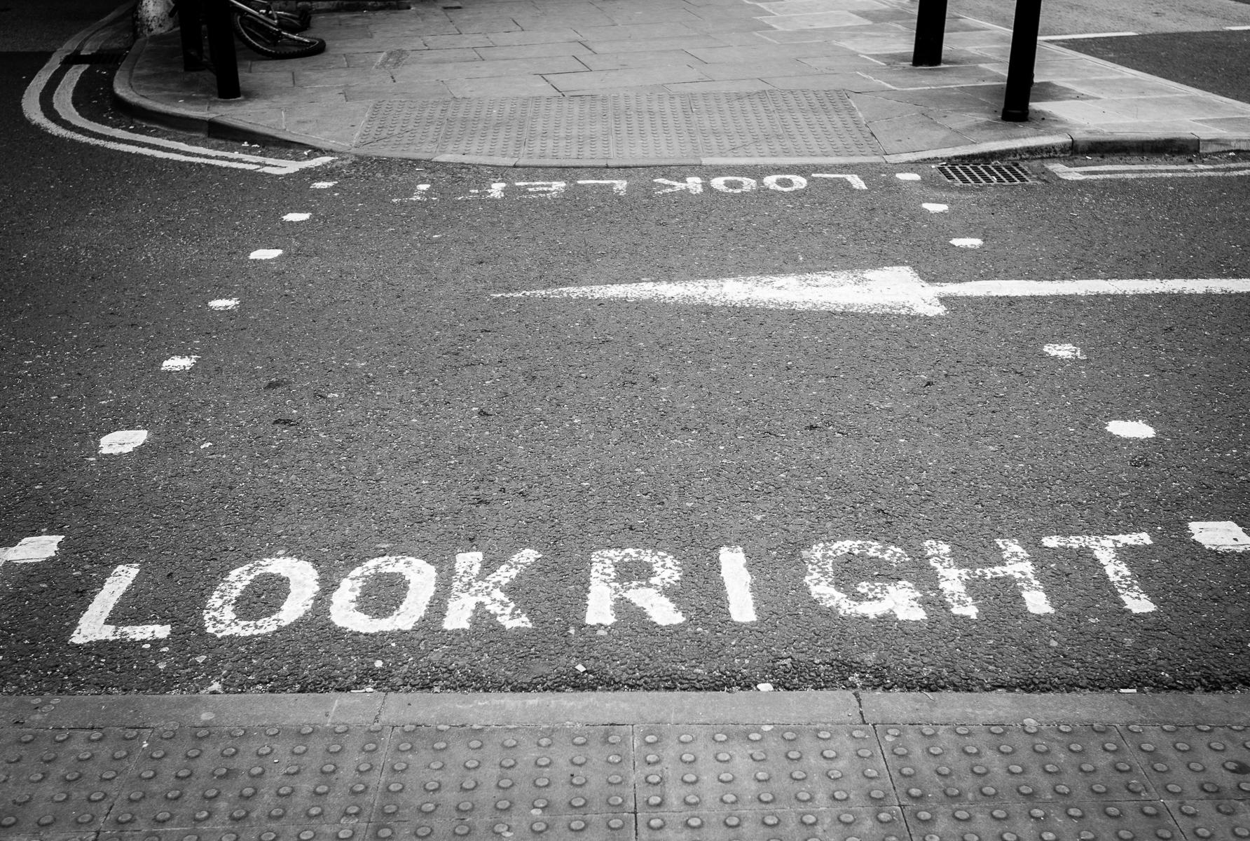 Look Right, York : street & stories : TIMOTHY FLOYD PHOTOGRAPHER, NATURE PHOTOGRAPHY, PHOTO ESSAYS, PHOTOJOURNALISM