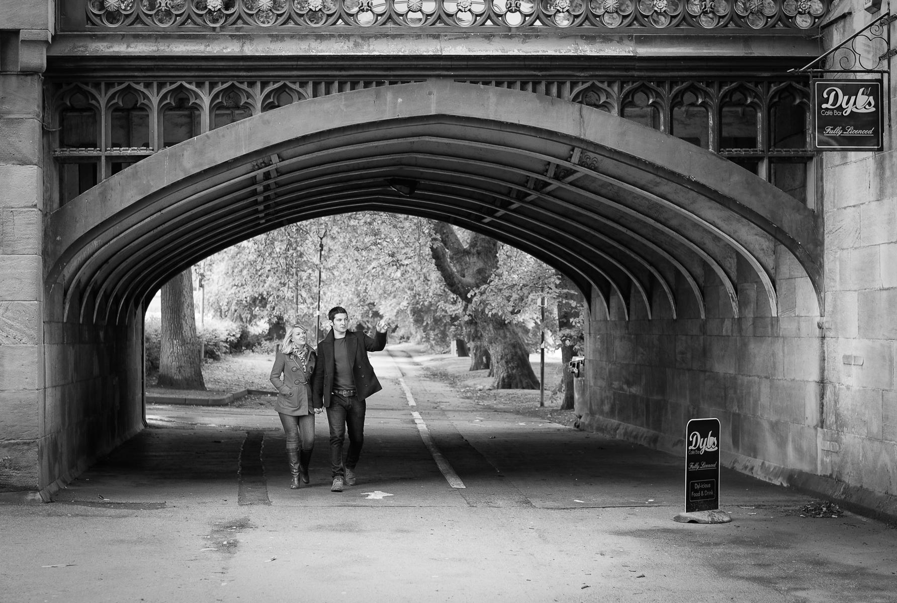 Dyls under Skeldergate Bridge, York : street & stories : TIMOTHY FLOYD PHOTOGRAPHER, NATURE PHOTOGRAPHY, PHOTO ESSAYS, PHOTOJOURNALISM