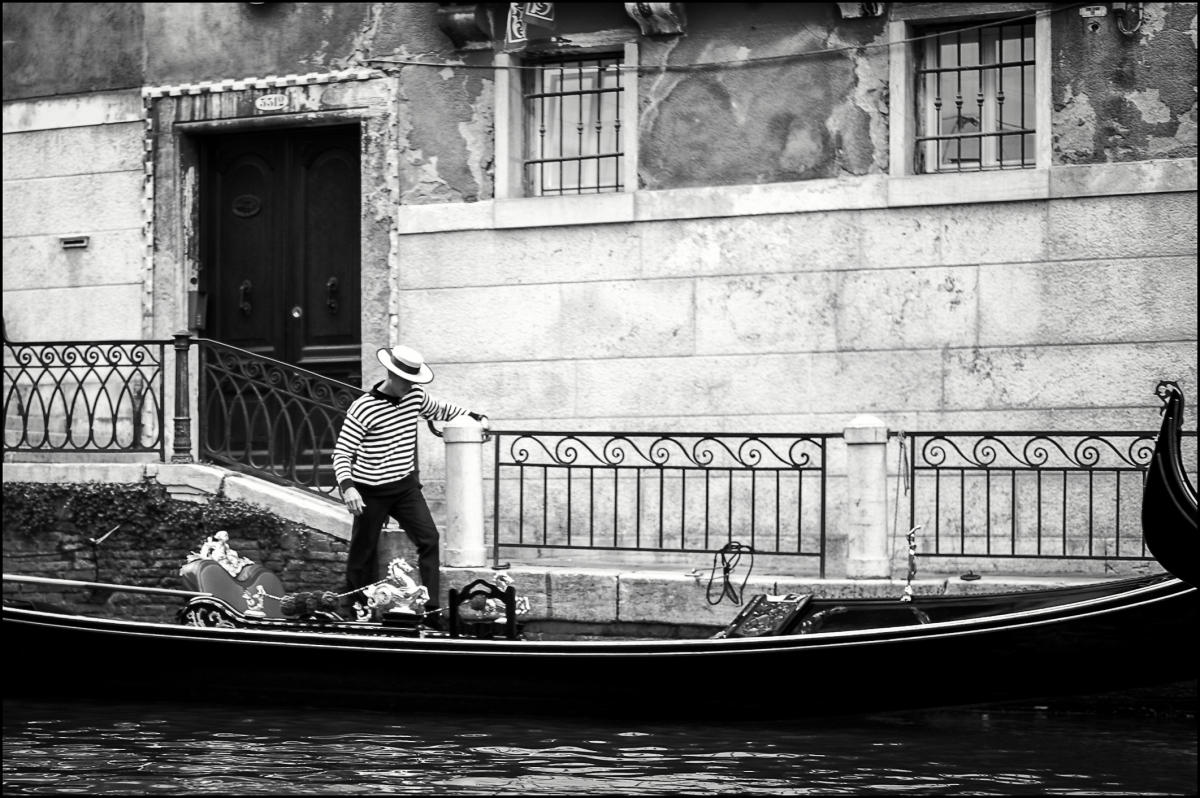 Venice : street & stories : TIMOTHY FLOYD PHOTOGRAPHER, NATURE PHOTOGRAPHY, PHOTO ESSAYS, PHOTOJOURNALISM